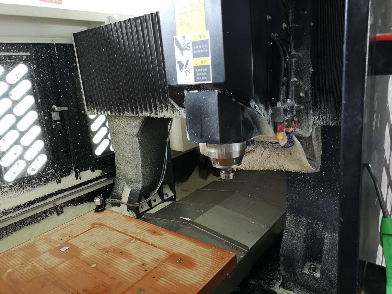 机器设备-CNC机床内景1